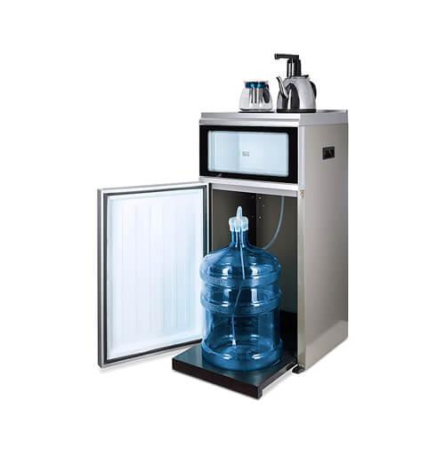 Кулер для воды с нижним расположением бутыли